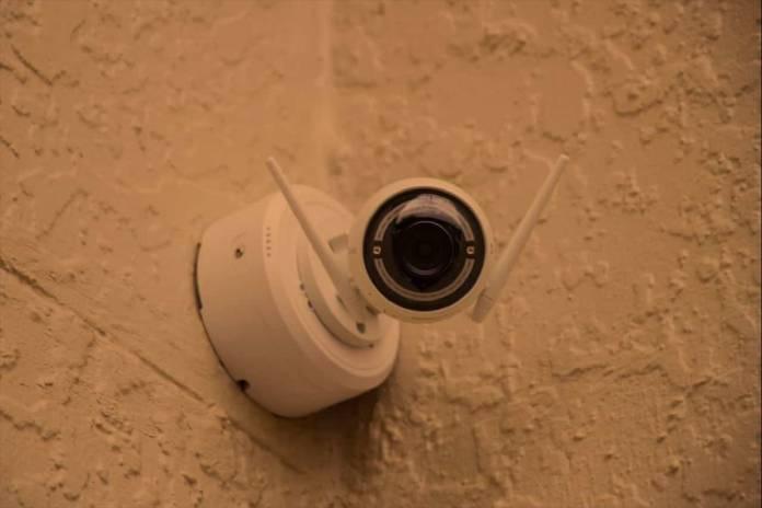 Cellular-vs-IP-Monitoring