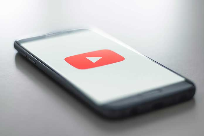 Chatting-In-The-YouTube-App